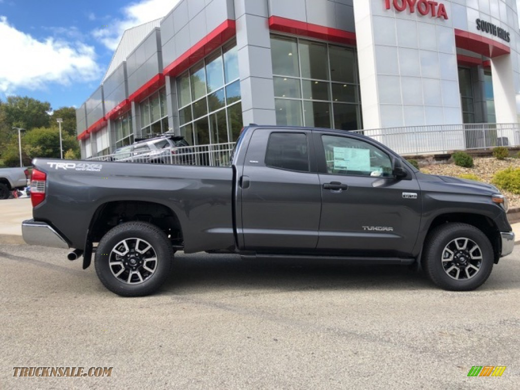 2021 Tundra TRD Off Road Double Cab 4x4 - Magnetic Gray Metallic / Graphite photo #30