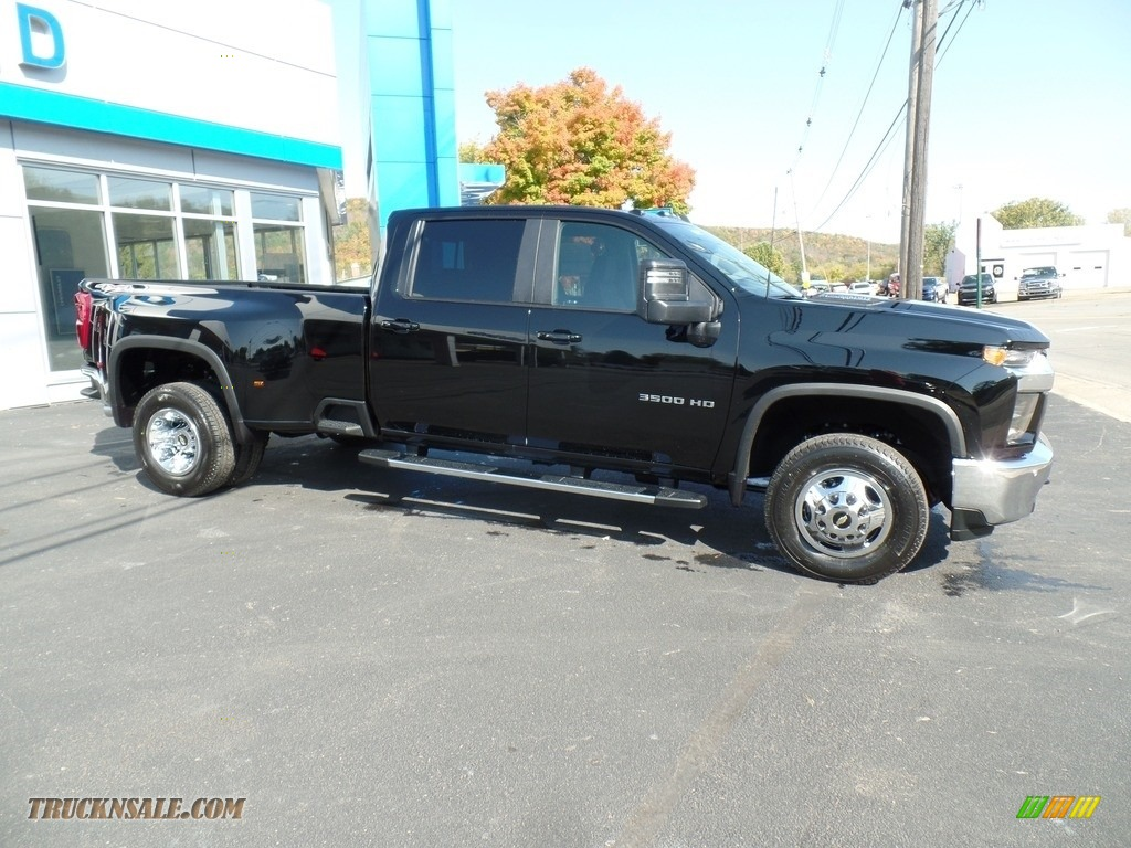2020 Silverado 3500HD LT Crew Cab 4x4 - Black / Jet Black photo #5