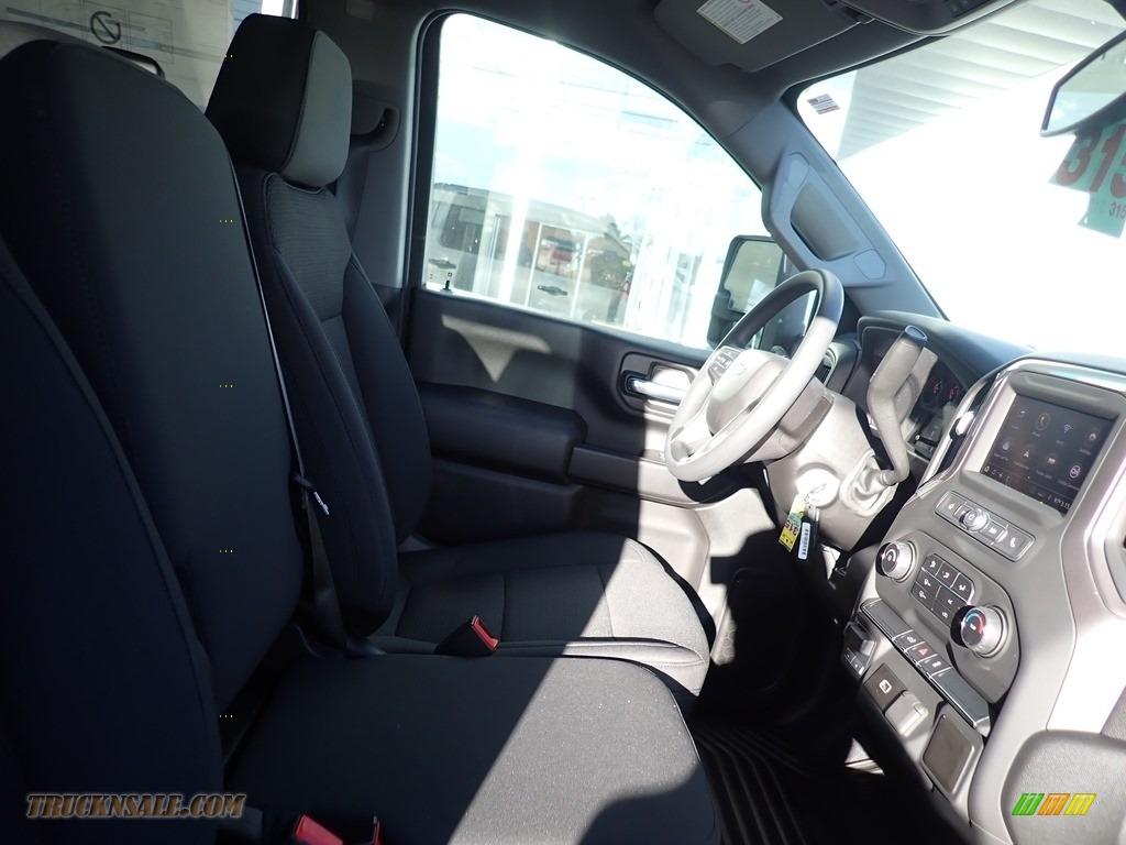 2020 Silverado 2500HD Custom Crew Cab 4x4 - Silver Ice Metallic / Jet Black photo #3