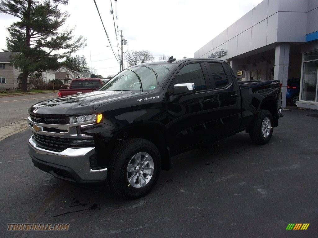 2021 Silverado 1500 LT Double Cab 4x4 - Black / Jet Black photo #1