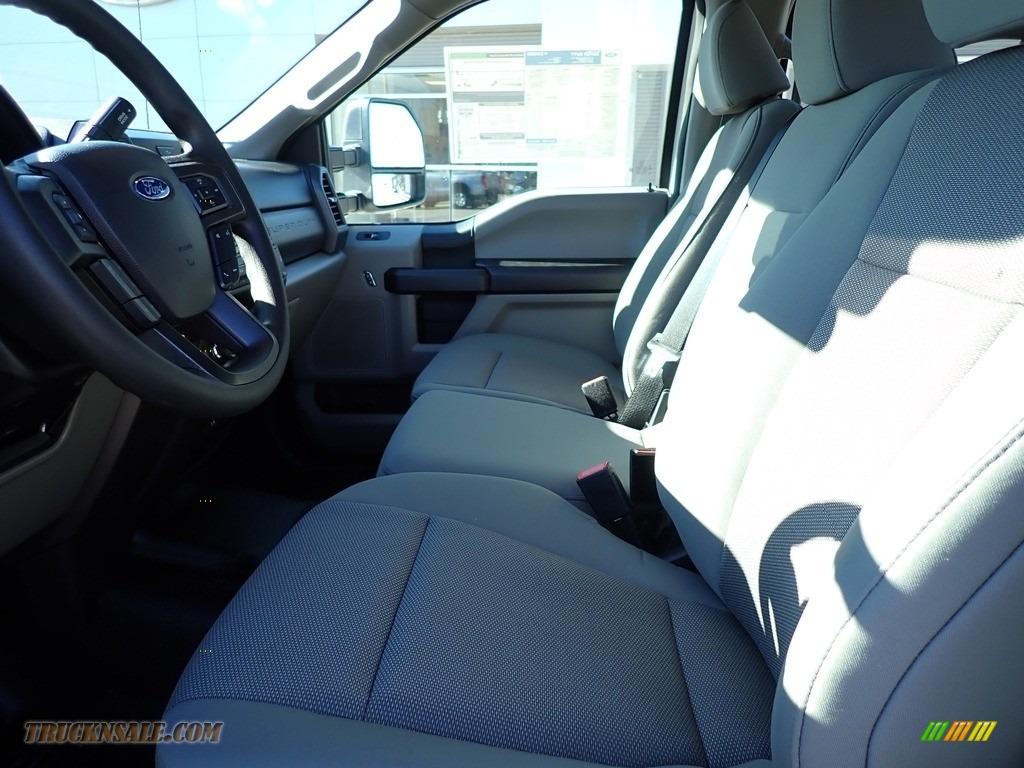 2021 F250 Super Duty XLT Crew Cab 4x4 - Oxford White / Medium Earth Gray photo #10