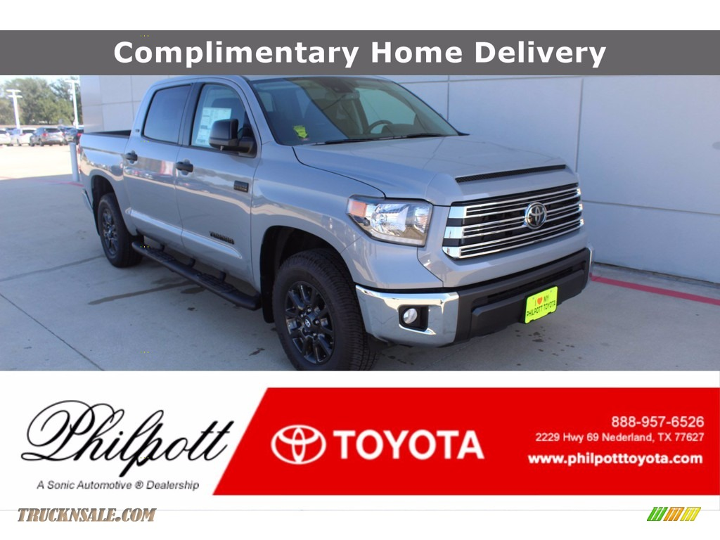 2021 Tundra SR5 CrewMax 4x4 - Cement / Black photo #1