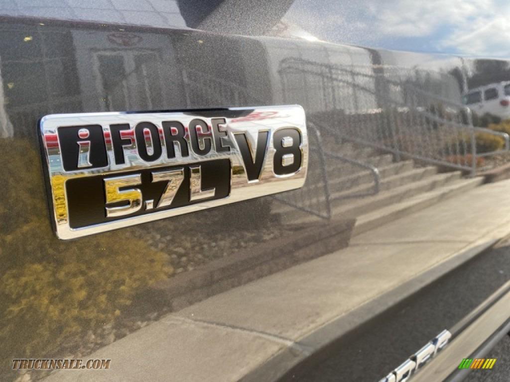 2021 Tundra SR5 CrewMax 4x4 - Magnetic Gray Metallic / Graphite photo #25
