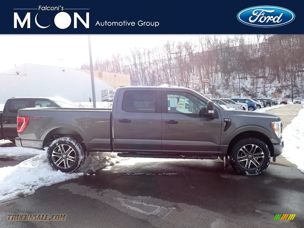 Carbonized Gray / Black Ford F150 STX SuperCrew 4x4