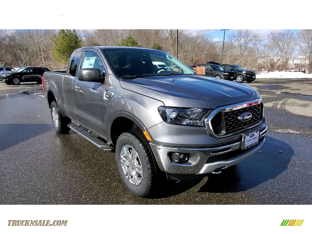 Carbonized Gray Metallic / Ebony Ford Ranger XLT SuperCab 4x4