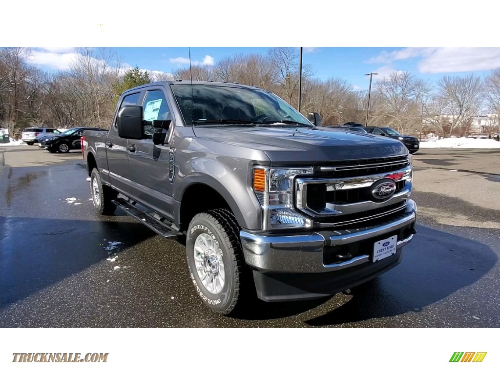 2021 F250 Super Duty XL Crew Cab 4x4 - Carbonized Gray / Medium Earth Gray photo #1