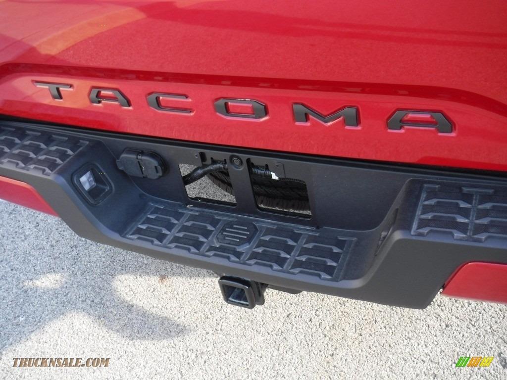 2021 Tacoma SR5 Double Cab 4x4 - Barcelona Red Metallic / Cement photo #17