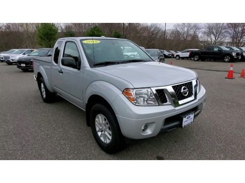 Brilliant Silver 2018 Nissan Frontier SV King Cab 4x4