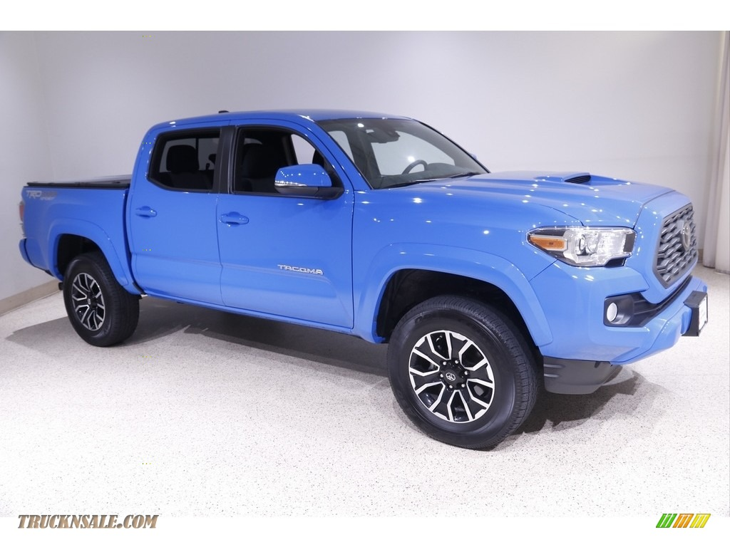 2020 Tacoma TRD Sport Double Cab 4x4 - Voodoo Blue / TRD Cement/Black photo #1