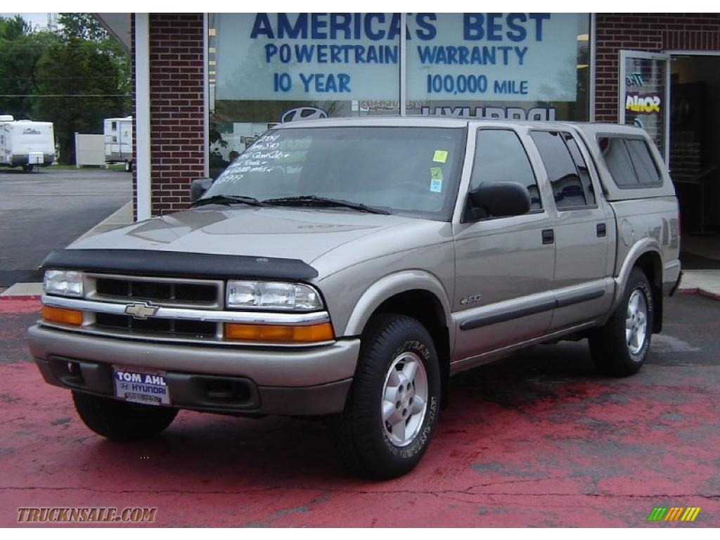 2004 chevrolet s10 ls crew cab 4x4 in light pewter. Black Bedroom Furniture Sets. Home Design Ideas