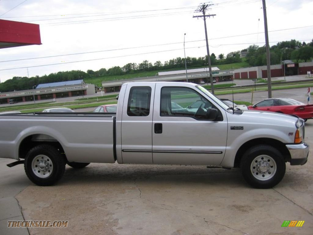1999 ford f250 super duty xlt extended cab in silver. Black Bedroom Furniture Sets. Home Design Ideas