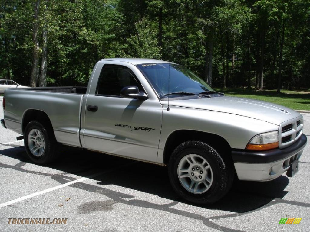 2001 Dodge Dakota Sport Regular Cab In Bright Silver
