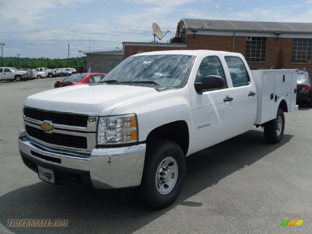 2010 chevrolet silverado 3500hd work truck crew cab 4x4 chassis utility in summit white 133930. Black Bedroom Furniture Sets. Home Design Ideas