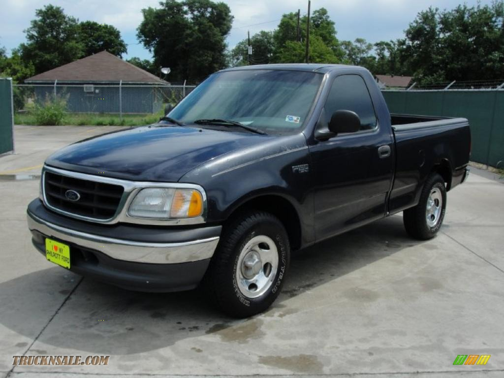2000 ford f150 xl regular cab in deep wedgewood blue metallic photo 7 a10636 truck n 39 sale. Black Bedroom Furniture Sets. Home Design Ideas
