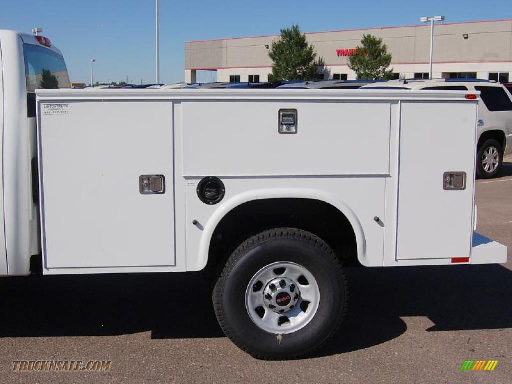 2010 gmc sierra 3500hd work truck extended cab 4x4 chassis utility in summit white photo  5