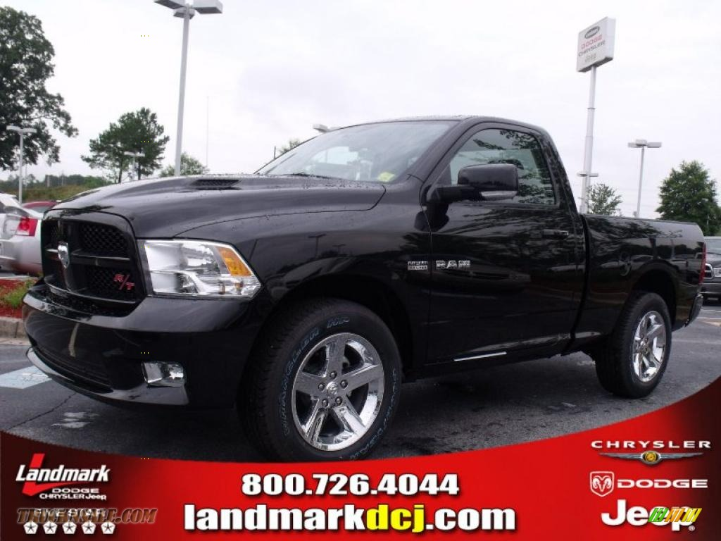 2010 dodge ram 1500 r t regular cab in brilliant black crystal pearl 156957 truck n 39 sale. Black Bedroom Furniture Sets. Home Design Ideas
