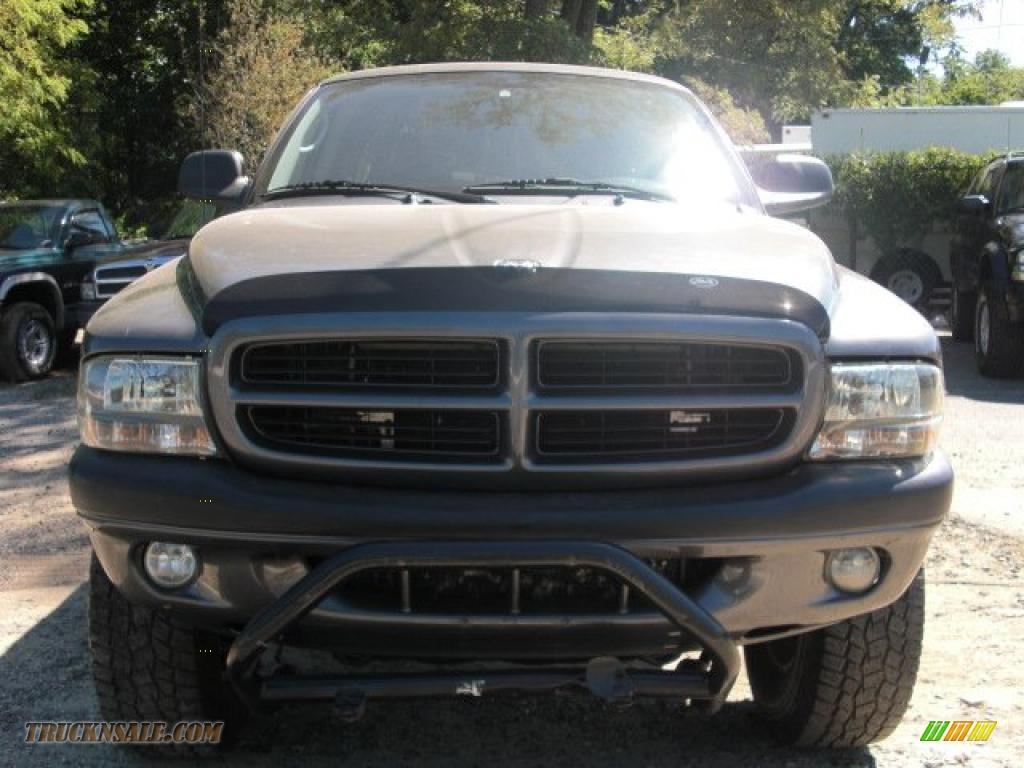 on 2002 Dodge Dakota Sxt Parts