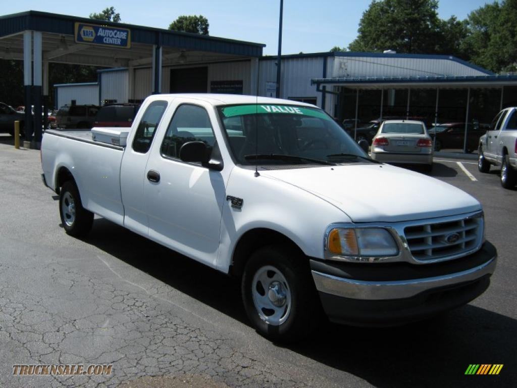 2000 ford f150 xl extended cab in oxford white photo 4 b92448 truck n 39 sale. Black Bedroom Furniture Sets. Home Design Ideas