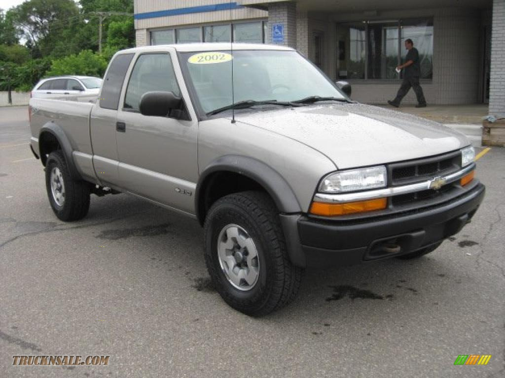 Valley Buick Gmc >> 2002 Chevrolet S10 ZR2 Extended Cab 4x4 in Light Pewter ...