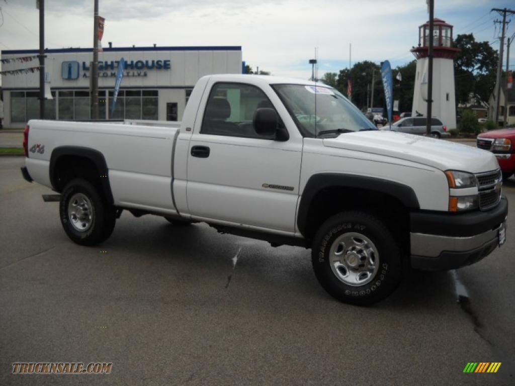 Summit white dark charcoal chevrolet silverado 2500hd work truck regular cab 4x4
