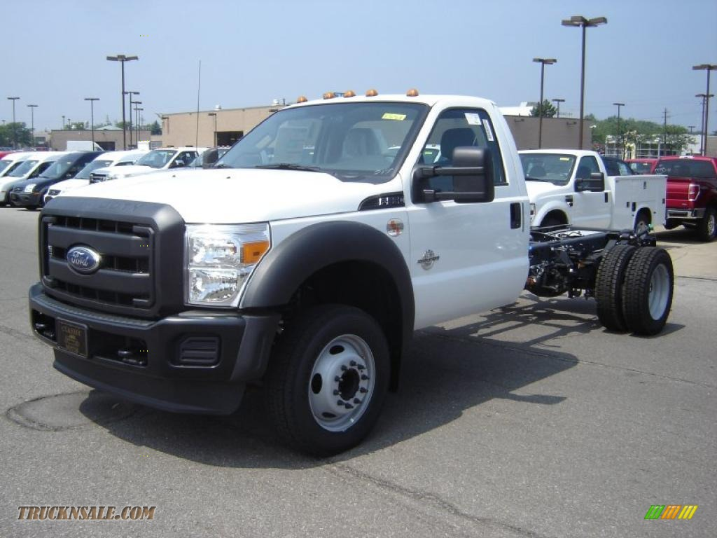 2011 Ford F550 Super Duty Xl Regular Cab Chassis In Oxford