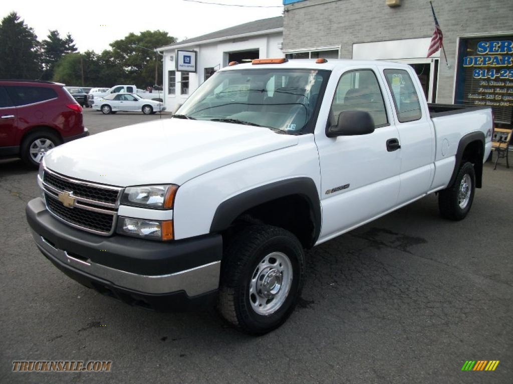 2006 chevrolet silverado 2500hd work truck extended cab 4x4 in summit white 100791 truck n 39 sale. Black Bedroom Furniture Sets. Home Design Ideas