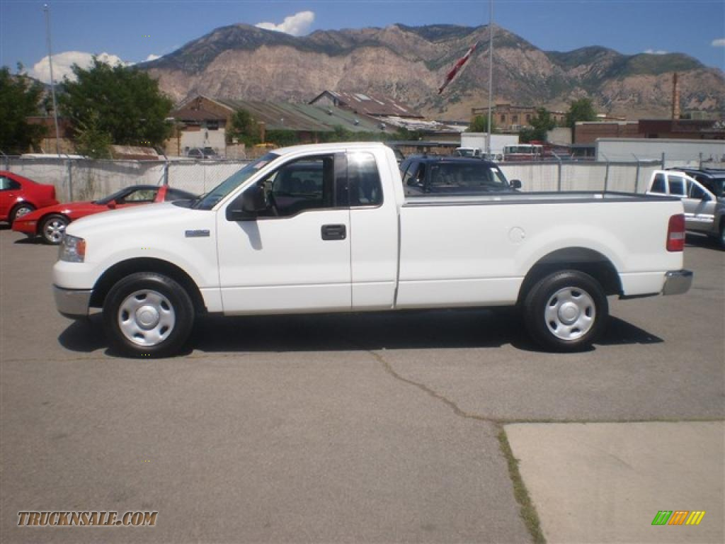 2004 ford f150 xlt regular cab in oxford white c61946. Black Bedroom Furniture Sets. Home Design Ideas