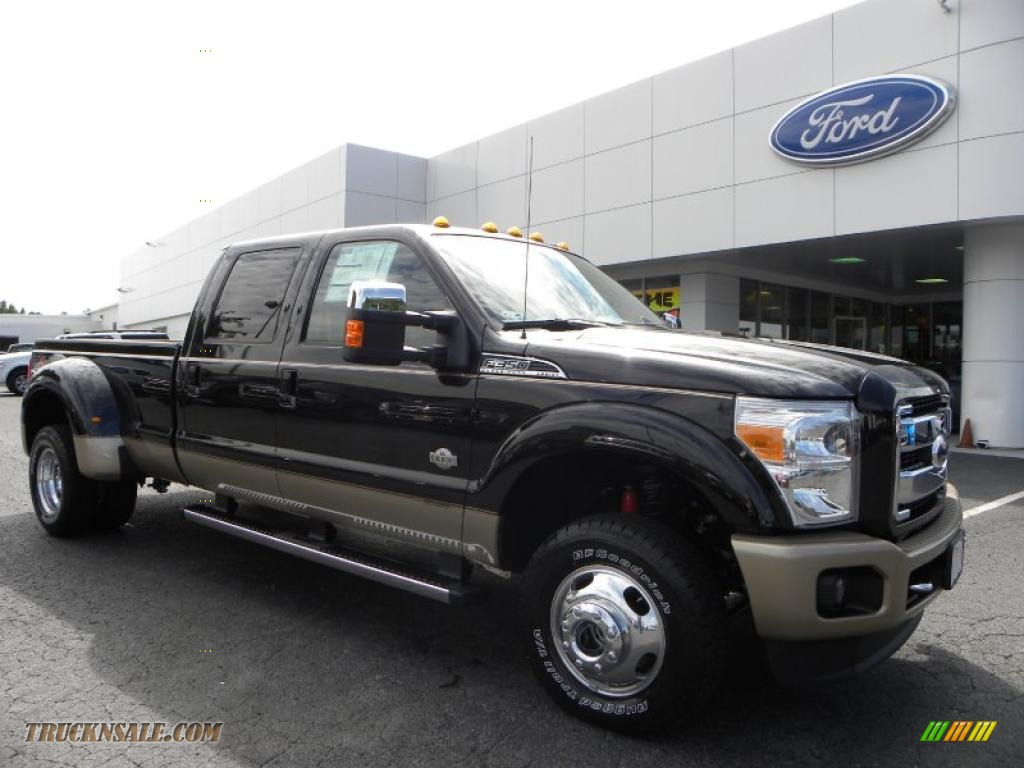 2011 ford f350 super duty king ranch crew cab 4x4 dually in tuxedo black photo 2 a83235. Black Bedroom Furniture Sets. Home Design Ideas
