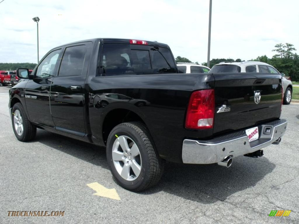 2011 dodge ram 1500 big horn crew cab in brilliant black crystal pearl photo 6 500476 truck. Black Bedroom Furniture Sets. Home Design Ideas