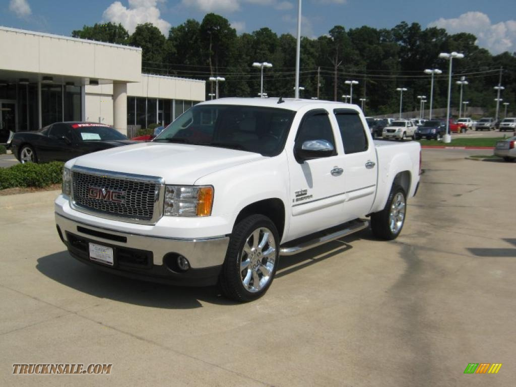 Texas Edition Black/White GMC Sierra 1500 SLE Texas Edition Crew Cab