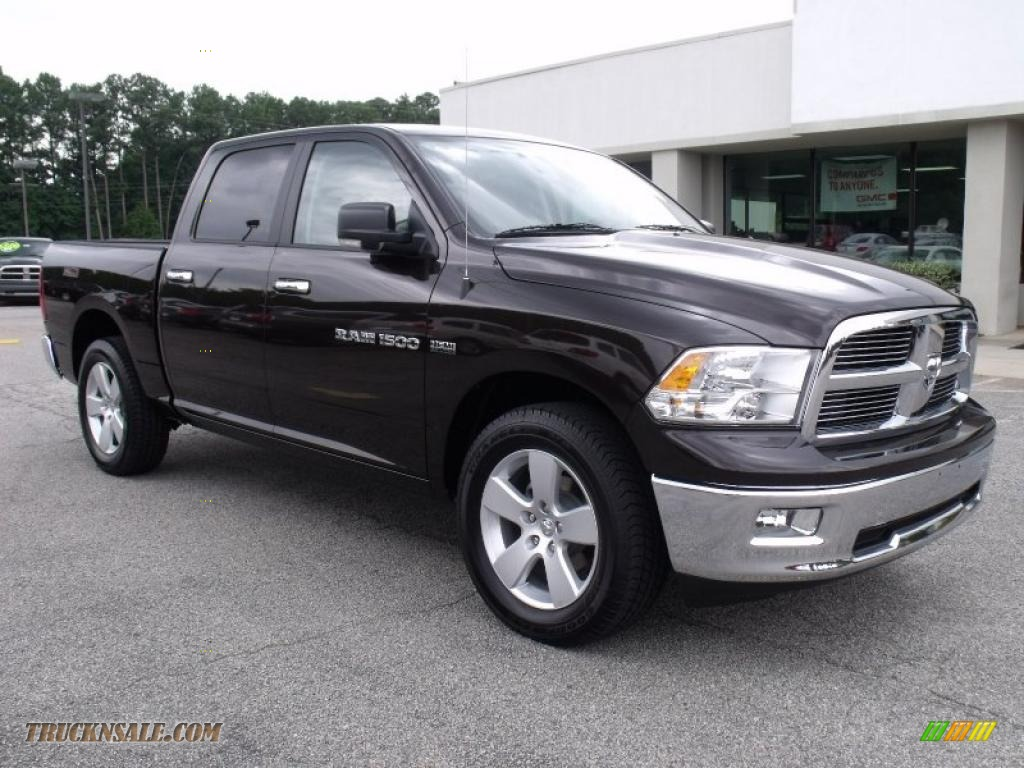 2011 dodge ram 1500 big horn crew cab in rugged brown pearl photo 2 500475 truck n 39 sale. Black Bedroom Furniture Sets. Home Design Ideas