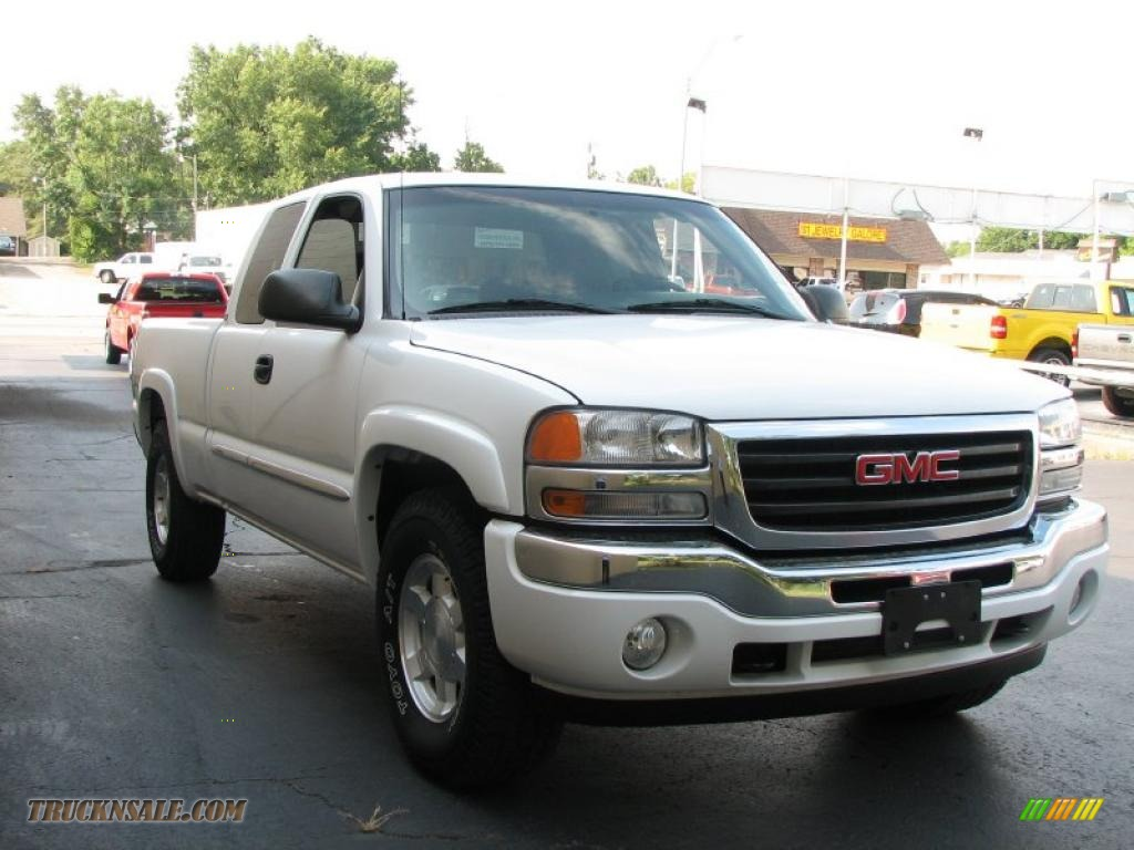 2005 gmc sierra 1500 sle extended cab 4x4 in summit white photo  4
