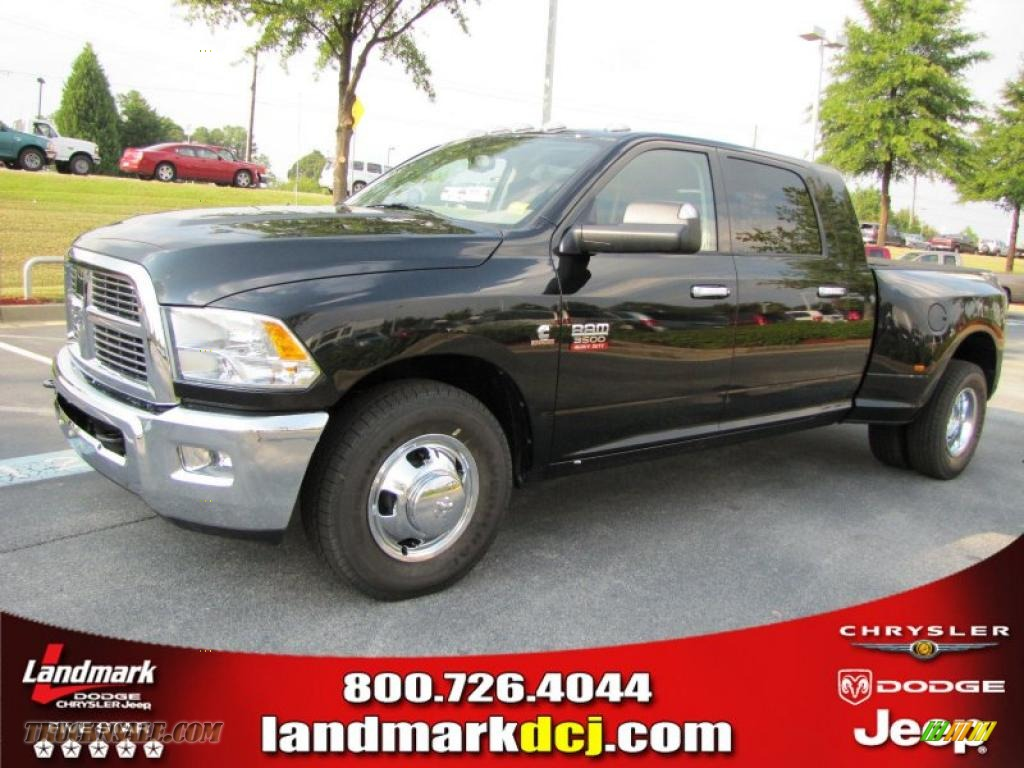Brilliant Black Crystal Pearl / Dark Slate Gray Dodge Ram 3500 HD Big Horn Mega Cab Dually