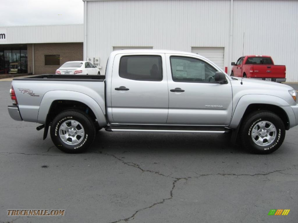 2011 toyota tacoma trd prerunner double cab in silver. Black Bedroom Furniture Sets. Home Design Ideas