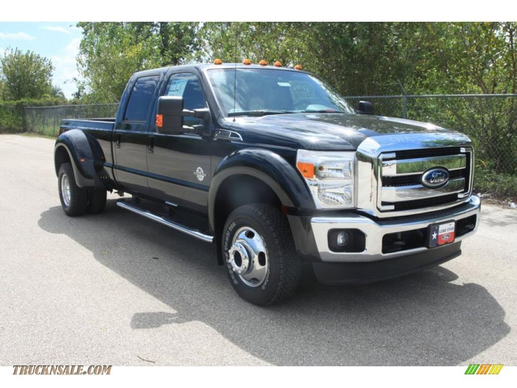 Tuxedo black metallic black two tone ford f450 super duty lariat crew cab 4x4 dually