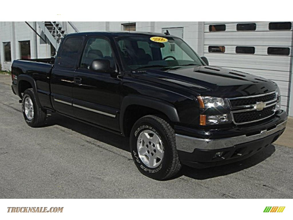 2006 chevrolet silverado 1500 z71 extended cab 4x4 in black 164787 truck n 39 sale. Black Bedroom Furniture Sets. Home Design Ideas