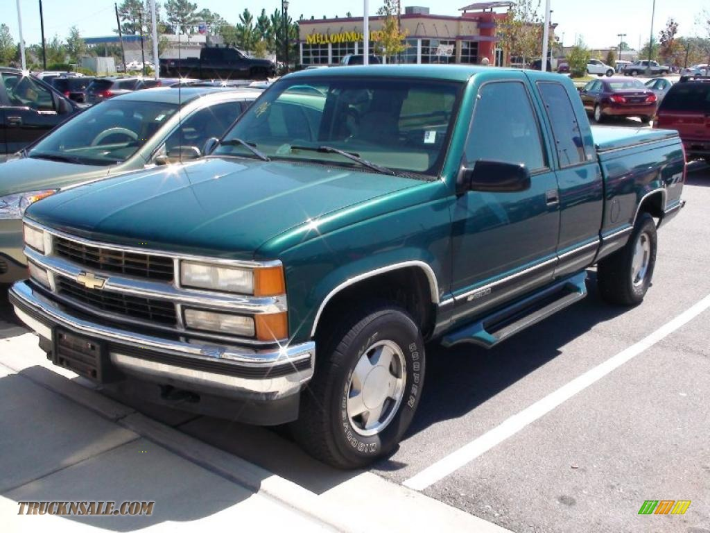 Green Cab Madison >> 1997 Chevrolet C/K K1500 Extended Cab 4x4 in Emerald Green ...