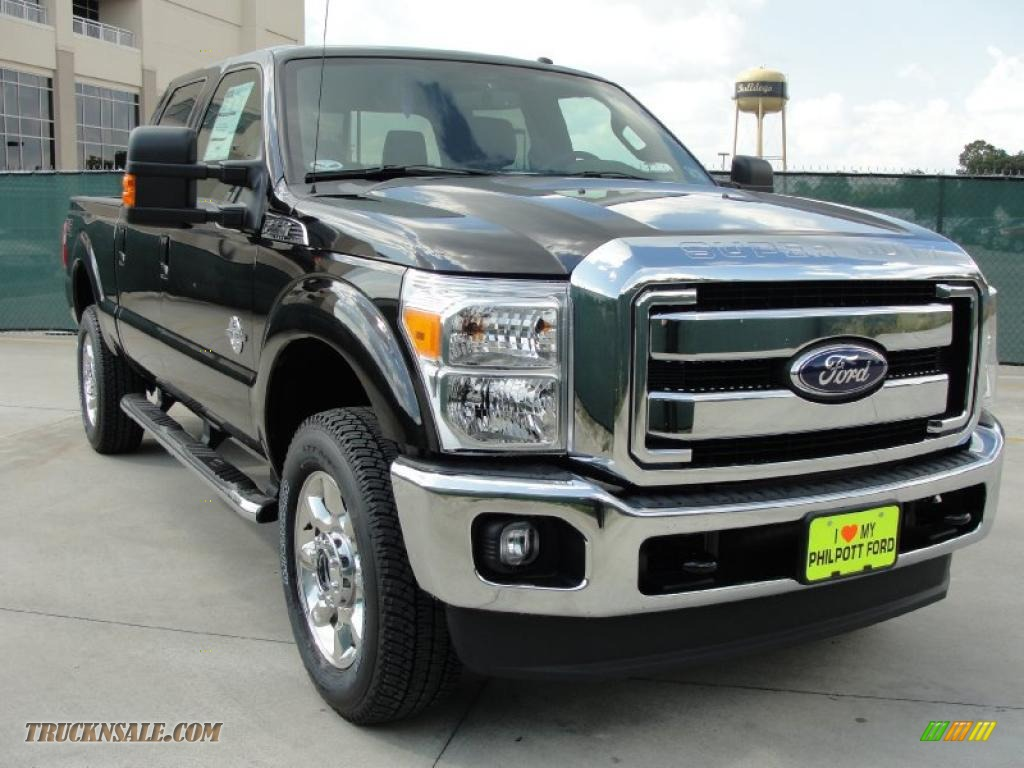 2011 Ford F350 Super Duty Lariat Crew Cab 4x4 in Tuxedo Black - A94561