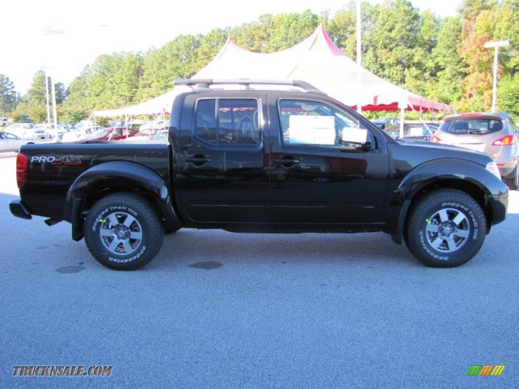 2011 nissan frontier pro 4x crew cab 4x4 in super black photo 6 407052 truck n 39 sale. Black Bedroom Furniture Sets. Home Design Ideas