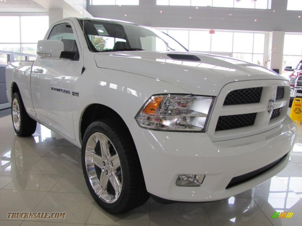 2011 dodge ram 1500 sport r t regular cab in bright white photo 4 532713 truck n 39 sale. Black Bedroom Furniture Sets. Home Design Ideas