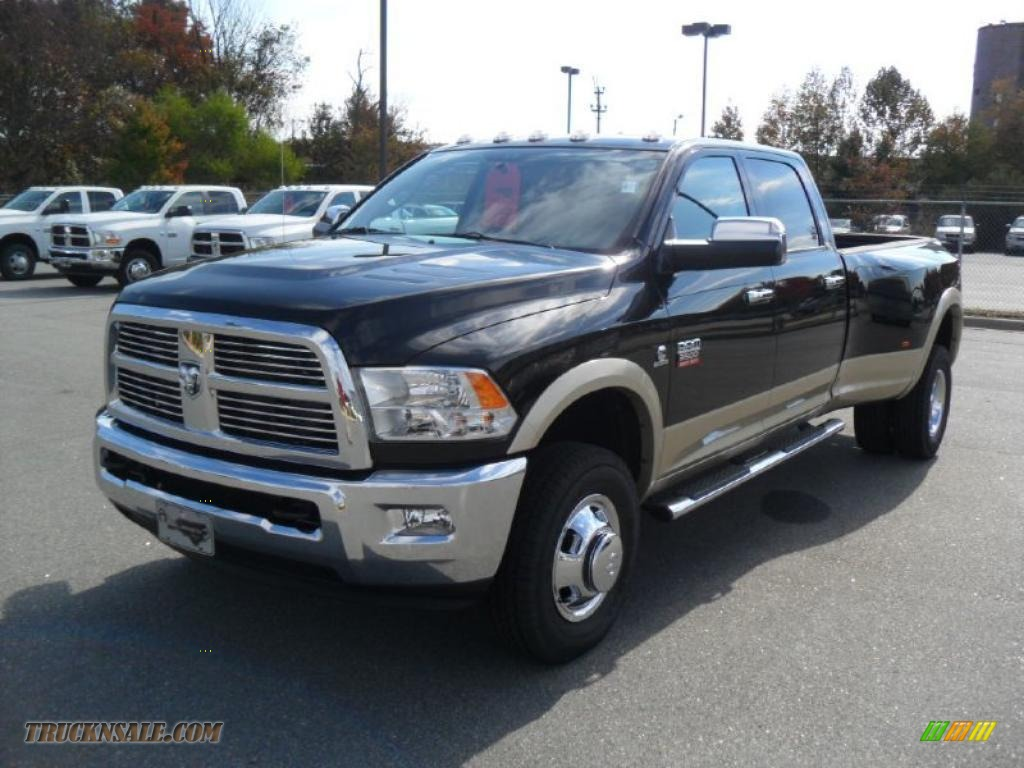 2011 dodge ram 3500 hd laramie crew cab 4x4 dually in brilliant black crystal pearl 538321. Black Bedroom Furniture Sets. Home Design Ideas