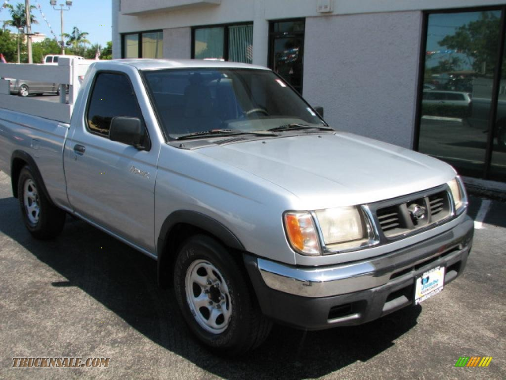 2000 nissan frontier xe regular cab in silver ice 316083 truck n 39 sale. Black Bedroom Furniture Sets. Home Design Ideas