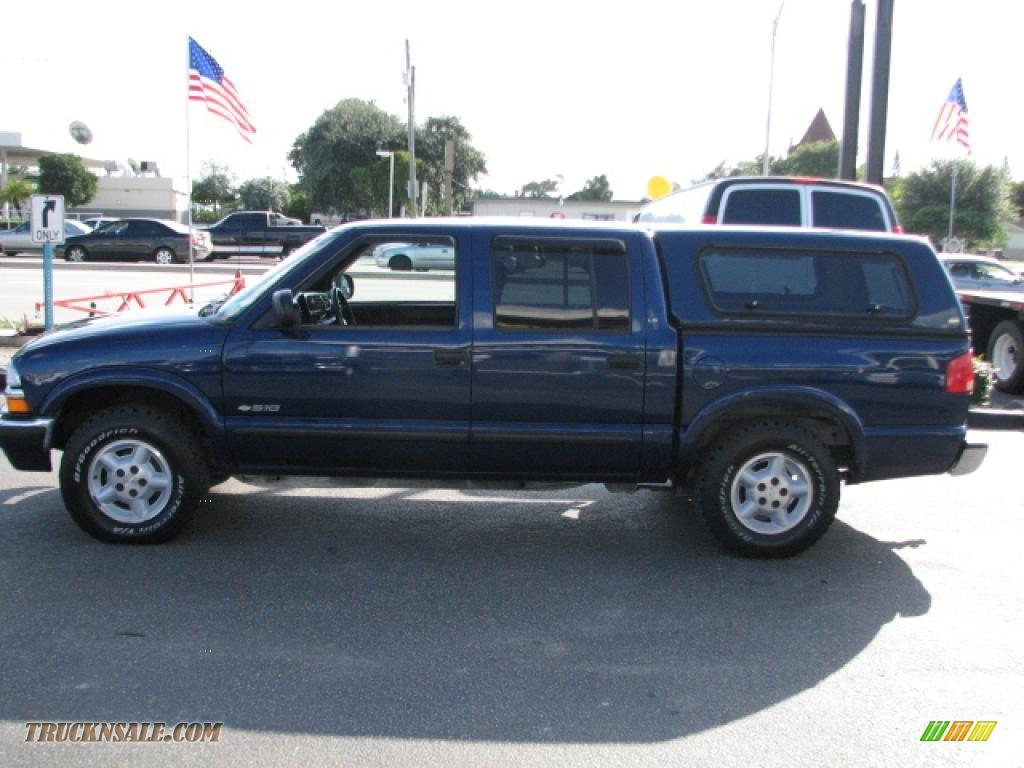 2002 chevrolet s10 ls crew cab 4x4 in indigo blue metallic photo 2 210276 truck n 39 sale. Black Bedroom Furniture Sets. Home Design Ideas