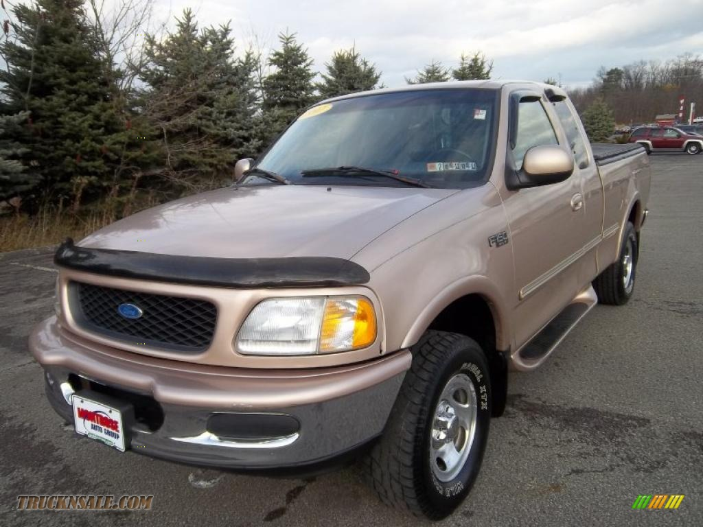 1997 ford f150 xlt extended cab 4x4 in light prairie tan. Black Bedroom Furniture Sets. Home Design Ideas