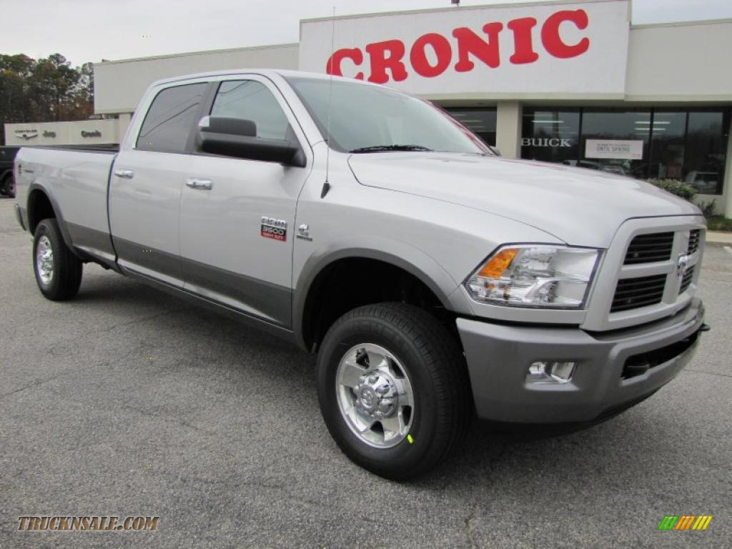 2011 dodge ram 3500 hd slt outdoorsman crew cab 4x4 in bright silver metallic 544202 truck n. Black Bedroom Furniture Sets. Home Design Ideas