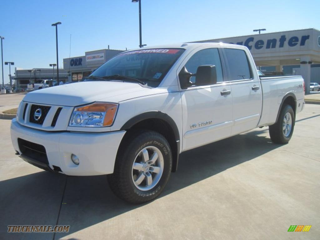 2008 nissan titan pro 4x crew cab 4x4 in blizzard white 335119 truck n 39 sale. Black Bedroom Furniture Sets. Home Design Ideas