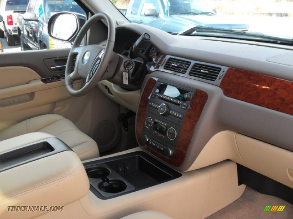 2011 Chevrolet Silverado 2500hd Ltz Crew Cab 4x4 In Black