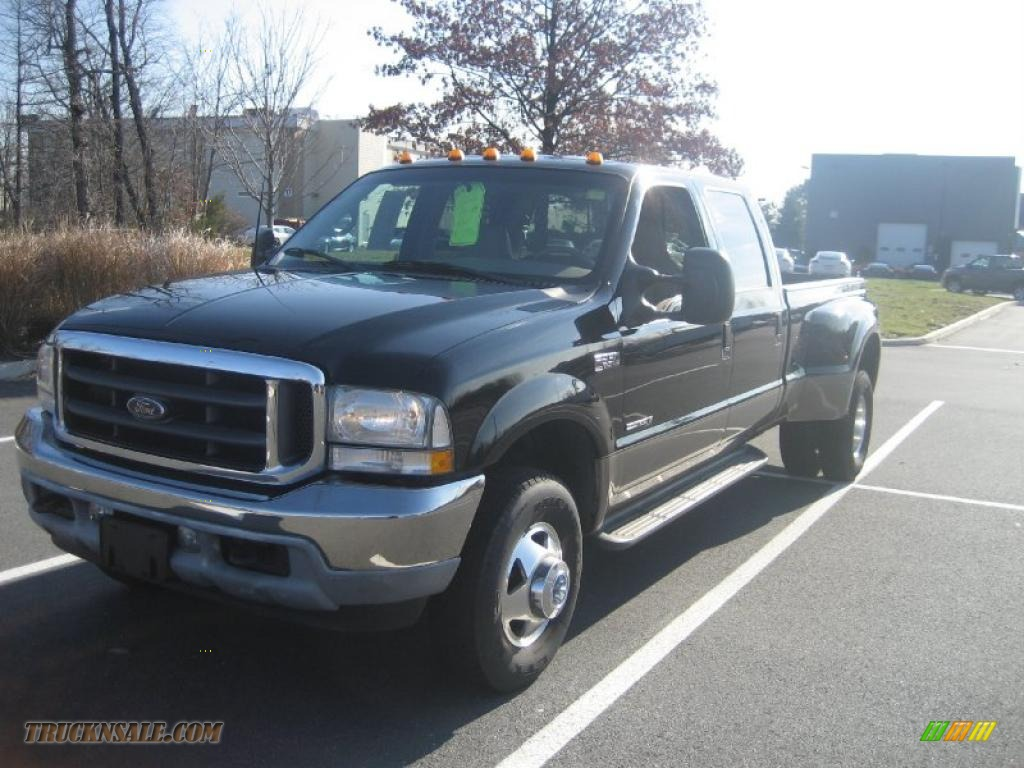 2002 F350 Super Duty Lariat Crew Cab 4x4 Dually - Black / Medium Parchment photo #1