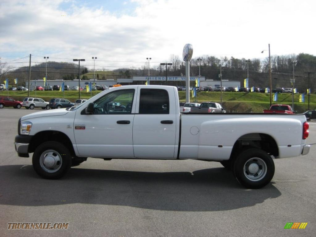 2007 dodge ram 3500 st quad cab 4x4 dually in bright white 815615 truck n 39 sale. Black Bedroom Furniture Sets. Home Design Ideas