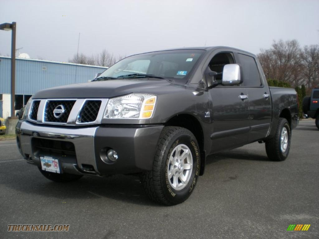 2004 nissan titan se crew cab 4x4 in smoke gray 521083 truck n 39 sale. Black Bedroom Furniture Sets. Home Design Ideas